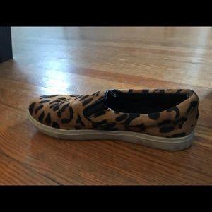 Steve Madden Shoes - Steve Madden faux fur slip one